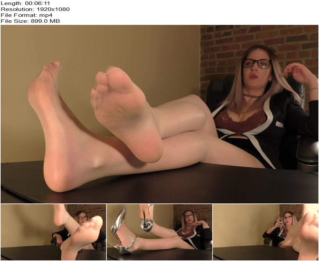 Dreamgirls in Socks – Gabriella's Sweaty Nylon Feet - Foot Fetish, Foot Worship