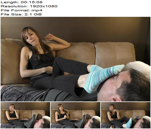 Dreamgirls in Socks – Cassandra's Funny Game – Extended Version - Foot Smelling, Female Domination