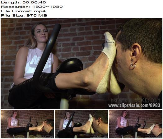 Dreamgirls In Socks – Felicia's Stinky Workout Feet (1080 HD) – Foot Worship - Femdom, Footlicking