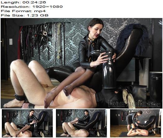 Femme Fatale Films – Sniffer Licker – Complete Film – Lady Victoria Valente – Foot Worship - Femme-Fatale, Foot Smelling