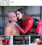 The English Mansion – Divine Bitch – Part 1 -  Maitresse Madeline - Strapon Sucking, Boot Worship