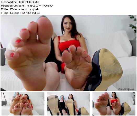Stella Liberty, Lux Lives – Double Foot Domination – Footworship - Footlicking, Wrinkled Soles