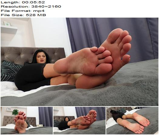 Noemi's World - Satine - How bad do you want to suck her perfect toes? - Fetish - Noemi's World, Foot Fetish