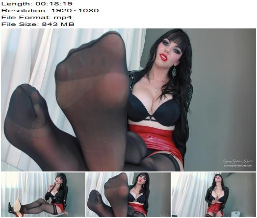 Young Goddess Kim - Sniff Deeper sissy slut - Chastity - Cock Locked, Foot Licking