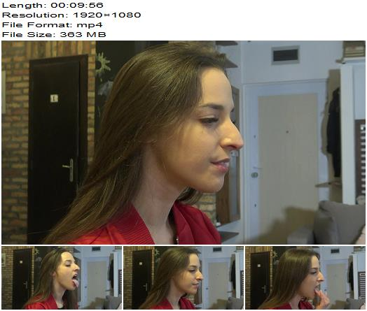 Under my princess - Amirah-Look at Me - Profile Cam - Fetish - Spit Fetish, Female Domination