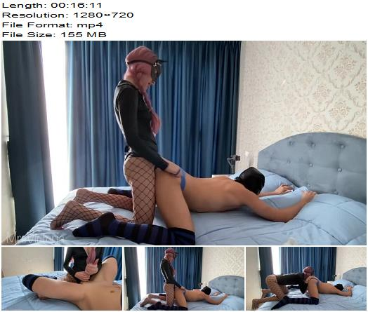Mrs Victoria - Hot AMATEUR Wife Strapon HARD Pegging, Rimming - Female Domination - Brutal, Femdom