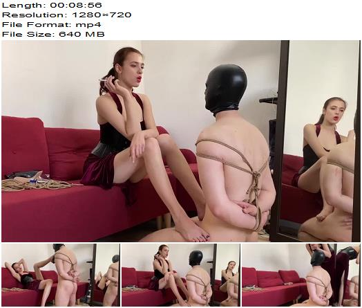 Lady Perse  Using my new slave  CBT preview