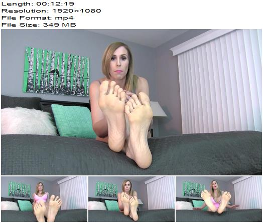Princess Lyne  Giving Up Pussy For Feet  Footworship preview