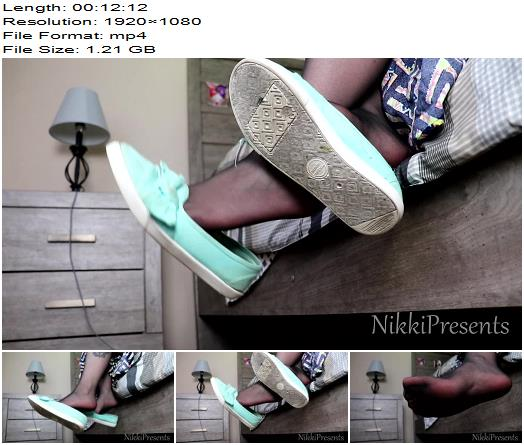 NikkiPresents  Black Pantyhose and Flats Dangle JOI  Fetish preview