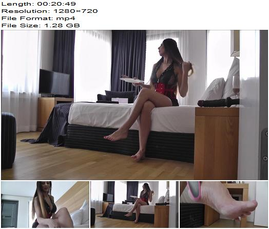Lady Milana  Predicure  Foot Worship preview