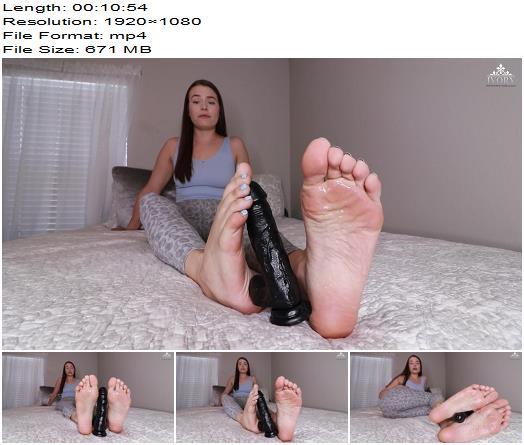 Princess Ivory  Cum Eating Cuck for BBC Training  Cei preview