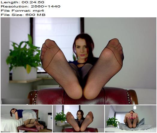 Polish Mistress  Weronika  Rozmowa Z Niesmialym Pasierbem  Foot Fetish preview